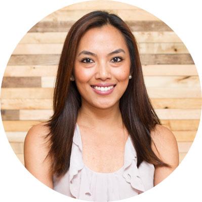 Criselda Videna, Customer Service Manager